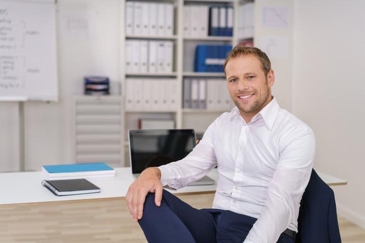 Sales Manager im Büro